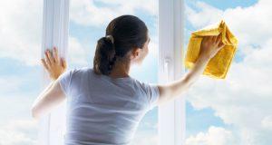 mytí a leštění oken ve výšce