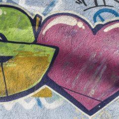 Co dělat, když se graffiti na domě objeví v tu nejméně vhodnou chvíli?