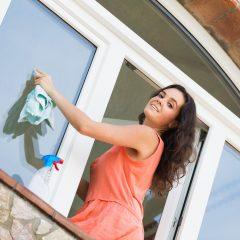 """I neotevíratelná okna musíte jednou umýt, pomůžou """"Výškové práce Brno"""""""