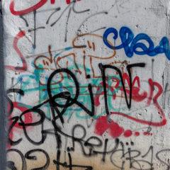 Graffiti se netýká jen měst. Proto je dobré si pořídti antigrafiftovou ochranu